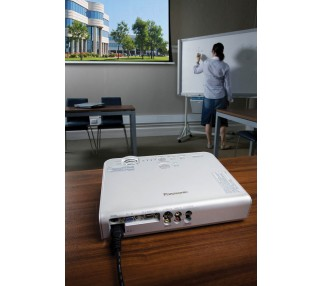 2000 Lumen Power Point Projector Rentals